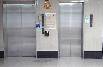 (09 電梯)1040916-8